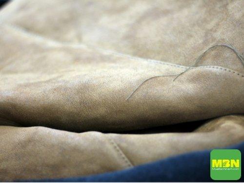 Chuyên gia chia sẻ 5 dấu hiệu nhận biết đồ da tốt(2)