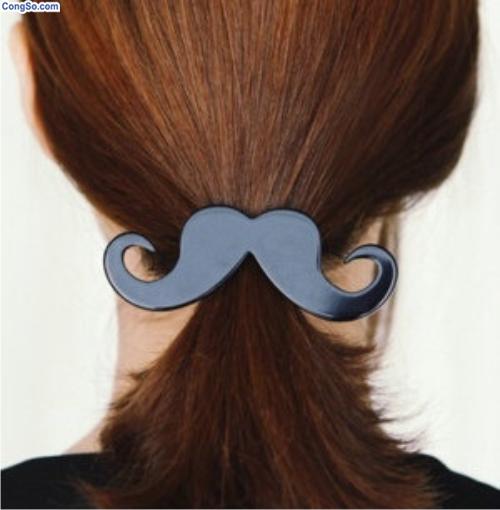 Cài tóc mustache