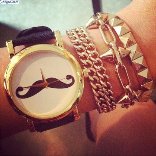 Đồng hồ mustache